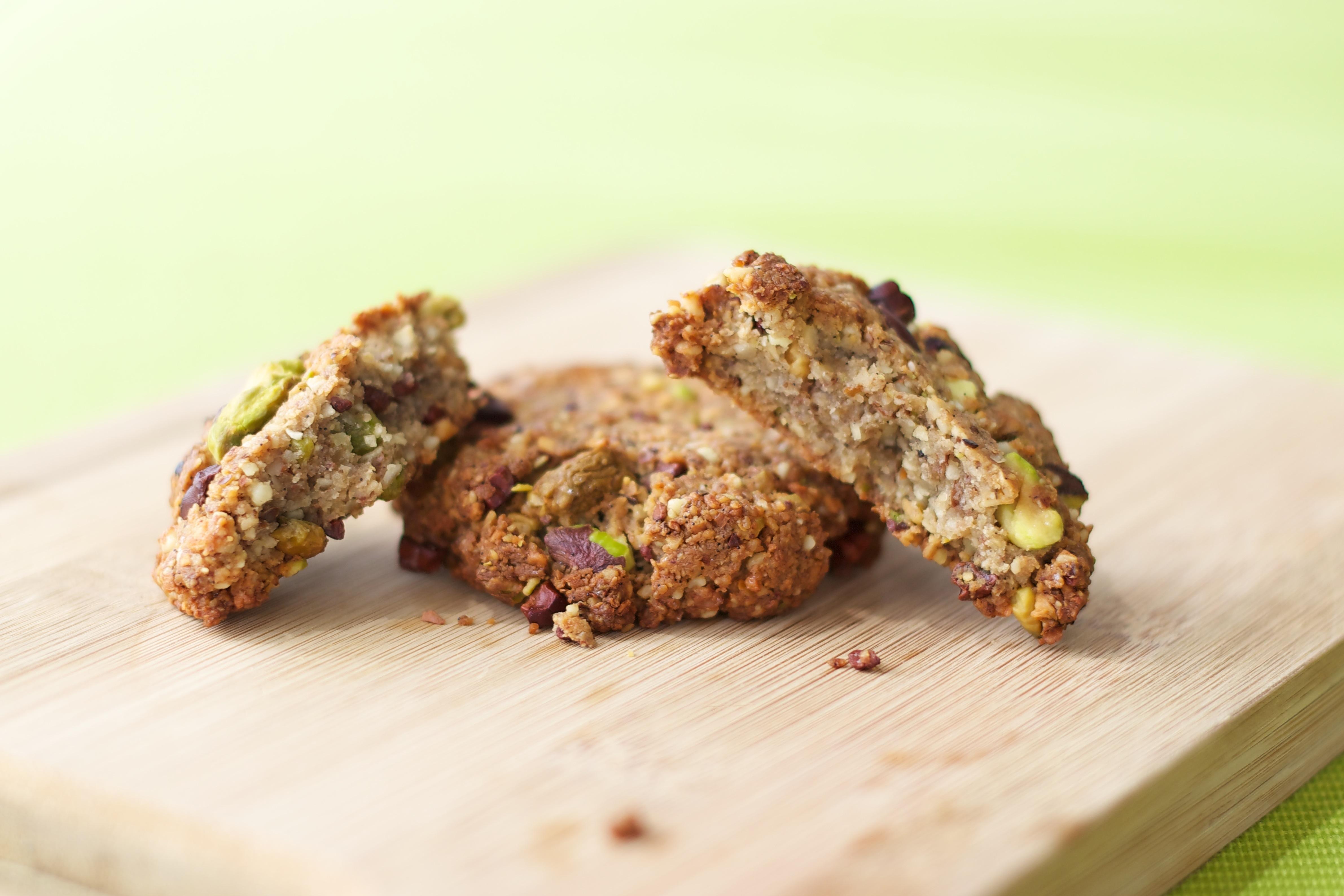Choc Chip Pistachio Cookies