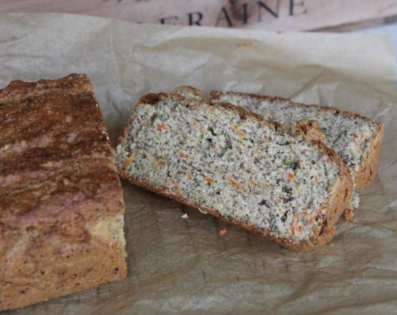 Carrot & Zucchini Bread (paleo. low carb)